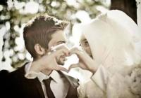 17 Perkara Yang Isteri Harus Buat Untuk Menambat Hati Suami